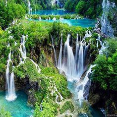Parc national des lacs de Plitvice, Croatie                                                                                                                                                                                 Plus