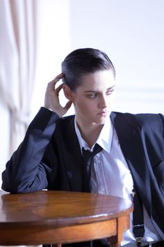 Kirsten Stewart - Bella Swan in The Twilight Saga. She has starred in other films, including Panic Room (2002), Zathura (2005), In the Land of Women (2007), The Messengers (2007), Adventureland (2009), The Runaways (2010), and Snow White and the Huntsman, On the Road and The Twilight Saga: Breaking Dawn ,