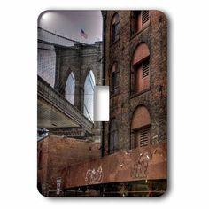 3dRose Brooklyn Bridge, Dumbo, American Flag on top of bridge, 2 Plug Outlet Cover
