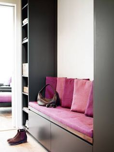 different colors but like the storage and seating for an entrance Pallet House, Modern Entryway, Entry Way Design, Guest Bed, Best Interior Design, Storage Spaces, Sweet Home, New Homes, House Design