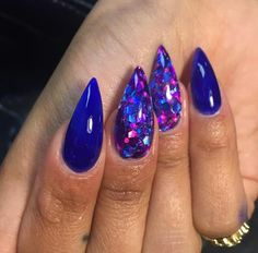 Acrylic Nail Shapes, Acrylic Nail Designs, Acrylic Nails, Hot Nails, Stiletto Nails, Nail Arts, Cute Girls, Nail Polish, Claws