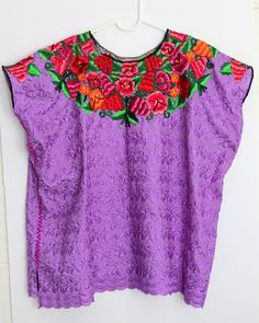 Hand embroidered lavender blouse satiny fabric by ChiapasbyJUBEL