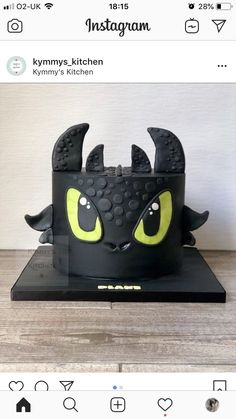 Dragon Birthday Cakes, Dragon Birthday Parties, Dragon Cakes, Dragon Party, 8th Birthday, Toothless Party, Toothless Cake, Toothless Dragon, Jake Cake