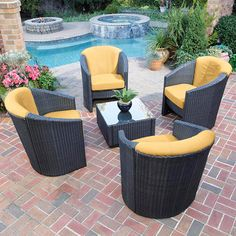Outdoor living in style, so unique & great colors for the summer