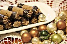 Recept na Ořechové trubičky plněné krémem II. Napkin Rings, Stuffed Mushrooms, Napkins, Vegetables, Food, Decor, Stuff Mushrooms, Decoration, Towels