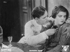 """Geschminkte Jugend, Deutschland 1928/1929, Spielfilm ("""" Rouged Youth"""", movie of 1928/29 Germany)"""