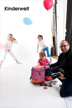 imagesportal Fotoshooting •Making-of. Fotograf: Peter Rüssmann.  Bilderserien anzeigen: http://www.imagesportal.com/childrenworld.php?search=series0048de1childrenworld+series0047de1childrenworld&a=&dosearch=