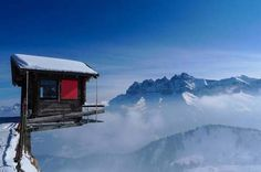 Hut Hanging Over The Edge, Alpes, Switzerland by Florin Biscu Places Around The World, Around The Worlds, Beautiful World, Beautiful Places, Imagen Natural, National Geographic Animals, Voyager Loin, Visit Switzerland, Living On The Edge