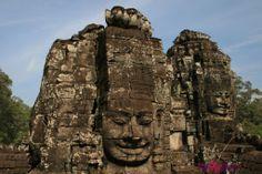 Il tempio di Bayon ad Angkor in Cambogia | www.romyspace.it