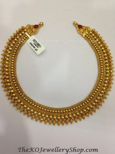 Gold temple jewellery - The Sampige Silver Necklace – Gold temple jewellery Gold Temple Jewellery, Silver Jewelry, Silver Ring, Silver Earrings, Indian Jewelry, Indian Gold Necklace Designs, Kerala Jewellery, Indian Gold Jewellery Design, Jewelry Mirror