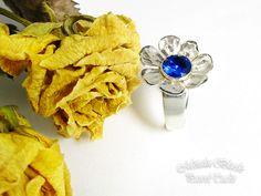 polandhandmade.pl #polandhandmade #jewellery #Paweł_Tucki  Pierścionek srebrny pr. 925, ozdobiony spinelem w kolorze szafiru o średnicy 7 mm.