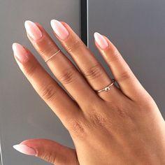 Liebe, Liebe, Liebe, diese Babyboomer-Nägel! Eine perfekte verblasste französische Maniküre. #babyboomer #diese #liebe #nagel #perfekte