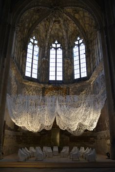 Work - Rieko KOGA Ceiling Installation, Artistic Installation, Art Installations, Sculpture Textile, Sculpture Art, Sculptures, Textiles, T Art, Sewing Art