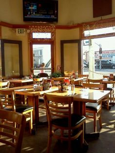 The Overland Cafe - $6.99 bottomless champagne for 2 hours (8-4pm) with purchase of an entree (request window seating if possible)