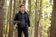 Pin for Later: 15 Vampire Diaries Costumes You Can Really Sink Your Teeth Into Jeremy Gilbert