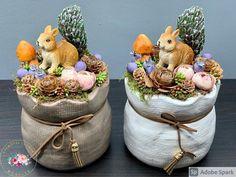 """Kézműves Csodák Műhelye on Instagram: """"A mókusok is megérkeztek😍❤️🐿🍁🍂 Magassága 21 cm, átmérője 13 cm #asztaldísz #handmade #kézműves #ősz #áfonya #selyemvirág #édesotthon…"""""""