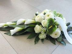 Begrafenissen Funeral Floral Arrangements, Church Flower Arrangements, Artificial Flower Arrangements, Artificial Flowers, Grave Flowers, Cemetery Flowers, Funeral Flowers, Deco Floral, Arte Floral