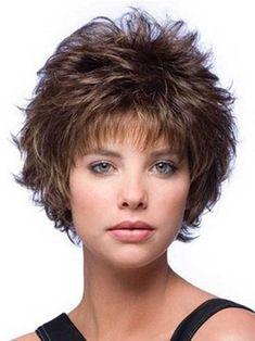 Kısa Katlı Saç Modelleri 10