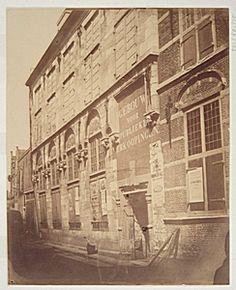 551_50115 Kloveniersdoelen ca 1857 Gezien vanaf Doelstraat, kort vóór de sloop in 1857 - Regionaal Archief Dordrecht