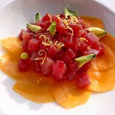 Tartare de thon et carpaccio de mangue.... #menubistronomique #carpaccio #tartare #mangue #mango #thon #tuna #atun #Food #Foodista #PornFood #Cuisine #Yummy #Cooking