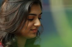 Heroine HD Stills: Nazriya Nazim beautiful photos stills Gallery Beautiful Girl Photo, Cute Girl Photo, Hot Actresses, Indian Actresses, Nazriya Nazim, Samantha Photos, Samantha Ruth, Portrait Photography Poses, Stylish Girl Pic
