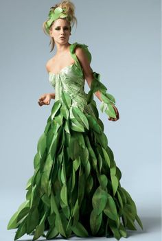 I want a dress like this one day for a Fairy costume... amazing!