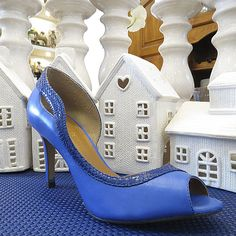 Colorful Shoes! #shoestock #verao2015 #peeptoe #blue #hotcolor - Ref 26.01.3154