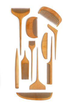 Japanese Boxwood Combs from Nalata Nalata Photography by Armando Rafael