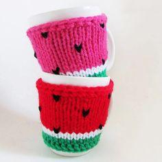 Tazas con fundita Sandia.  Amamos el valor de lo Handmade! -100% hecho a mano-