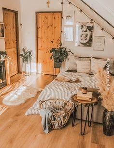 Room Ideas Bedroom, Home Bedroom, Bedroom Table, Bedroom Inspo, Kids Bedroom, Master Bedroom, Dream Rooms, Dream Bedroom, Cute Room Decor
