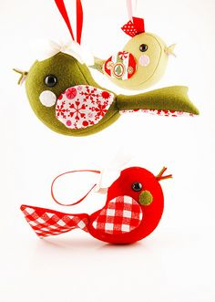 Awesomely cute felt birds - good anytime of year, but esp on xmas tree