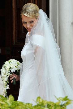 Princess Charlene Wedding | Kunty pictures: Princess Charlene Wedding Dress