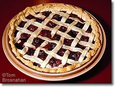 Sweet Dark Cherry pie, using my frozen organic Townsend Farms cherries for this one! Paleo Recipes Easy, Pie Recipes, Real Food Recipes, Lattice Pie Crust, Frozen Cherries, Good Food, Yummy Food, Homemade Pie, My Best Recipe