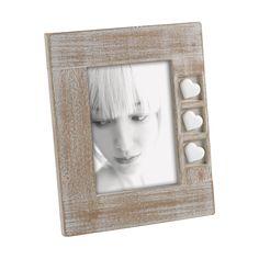 PORTAFOTO IN LEGNO CON CUORI IN RESINA M887   Portaritratti in legno, effetto sbiancato, con cuori in resina incastonati su base intagliata. Felix Design.
