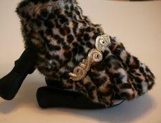 Leopard Dog jacket, Pet accessory, dog clothing, Chic coat, Winter clothing, Christmas gift, Dog lovers, unique gift