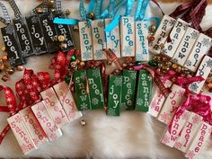 Christmas Craft Fair, Christmas Ornaments To Make, Christmas Projects, Holiday Crafts, Diy Christmas Crafts To Sell, Christmas Decorations, Christmas Ideas, Dollar Tree Christmas, Christmas Favors