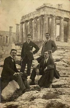 a group of men posing in front of the Acropolis of Athens Greece Pictures, Old Pictures, Old Photos, Vintage Photos, Athens Acropolis, Parthenon, Athens Greece, Old Greek, Greek Art