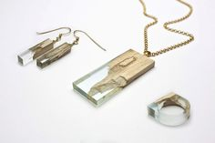 "German designer Marcel Dunger created a collection of jewels called ""Manufract"" : rings, earrings and necklaces made from broken pieces of maple wood and natural resin. The artist drew his inspiration from the phenomenon of trees' self-healing which suffer and produce automatically resin. Handmade accessories with pastel colors"