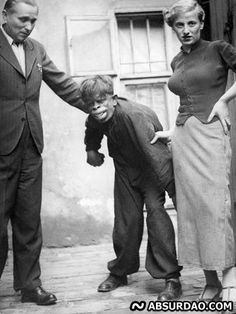 200 Odd Pics Ideas In 2020 Creepy Photos Creepy Vintage Vintage Photos