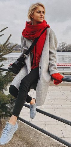 what to wear with a red scarf : grey coat sweater bag black skinnies sneakers