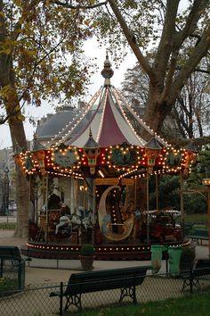 Manège du Parc - Parc de Monceau