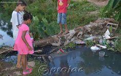 Moradores da Comunidade da Pedreira reclamam de esgotos despejados em córrego - http://projac.com.br/noticias/moradores-da-comunidade-da-pedreira-reclamam-de-esgotos-despejados-em-corrego.html