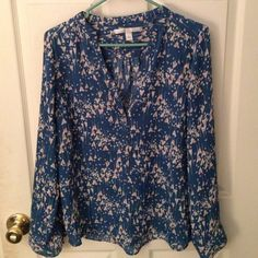 LC Blouse Lightly worn blue with feminine floral pattern. Adorned with gold- colored buttons. LC Lauren Conrad Tops Blouses