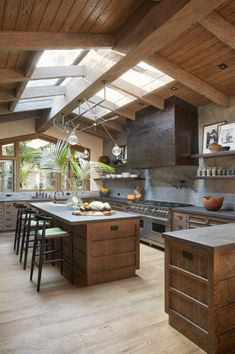 20 Beautiful Luxury Kitchen Design Ideas (Traditional, Dream and Modern Kitchen). - 20 Beautiful Luxury Kitchen Design Ideas (Traditional, Dream and Modern Kitchen) - Cozy Kitchen, Kitchen Dining, Kitchen Decor, Kitchen Wood, Barn Kitchen, Kitchen Cabinets, Test Kitchen, Kitchen Layout, Kitchen With Living Room