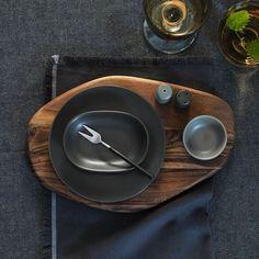 SITTNING collectie | #IKEA #IKEAnl #acacaihout #marmer #porselein #servies