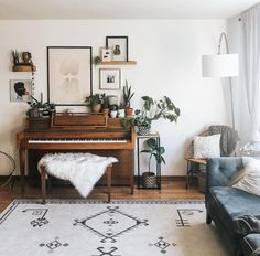 I move my plants around literally every day. Tomorrow this will be different. Living Room Inspiration, Home Decor Inspiration, Interior Design Inspiration, Farmhouse Design, French Farmhouse, Apartment Decoration, Home Living Room, Living Room Interior, Living Room Decor With Piano