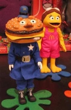 McDonalds - Officer Big Mac and Birdie the Early Bird 1980s Childhood, Childhood Memories, School Tv, Mcdonalds Toys, Cool Poses, Thanks For The Memories, Vintage Ads, Retro Ads, Big Mac