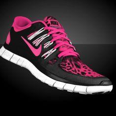 Holy shoes!!  I think I need these!!!