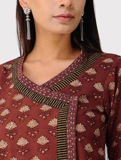 Salwar Neck Designs, Neck Designs For Suits, Dress Neck Designs, Kurta Designs Women, Blouse Designs, Collar Kurti Design, Kurta Neck Design, Kurtha Designs, Simple Kurta Designs