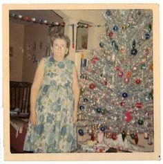 Christmas past, so retro Christmas Tree Store, Christmas Past, Merry Little Christmas, Griswold Christmas, Classy Christmas, Christmas Stuff, White Christmas, Christmas Holidays, Vintage Christmas Photos
